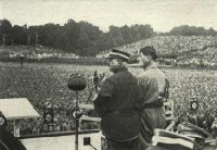 NSDAP Nrnberger Reichsparteitag - Adolf Hitler mit Ernst Rhm