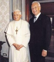 Edmund Stoiber mit Papst Benedikt XVI.